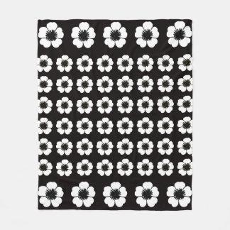Cobertor De Velo Petunia_Love (c) Classic-Black-White_Med