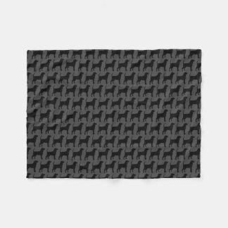Cobertor De Velo Preto e cinza do teste padrão das silhuetas do