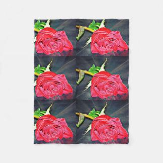 Cobertor De Velo Rosa vermelha na cobertura pequena preta do velo