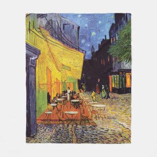 Cobertor De Velo Terraço do café na noite por Van Gogh