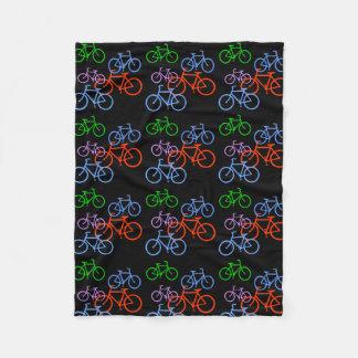 Cobertor De Velo Teste padrão brilhante das bicicletas no preto