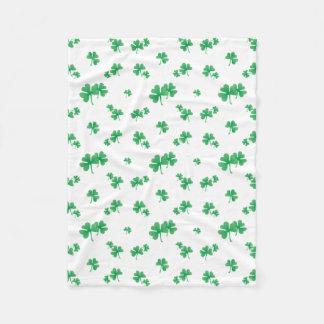 Cobertor De Velo Teste padrão irlandês verde do trevo do inclinação
