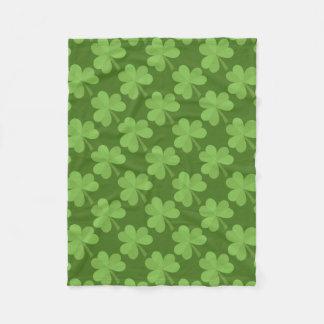 Cobertor De Velo Teste padrão verde Ireland dos trevos do trevo de