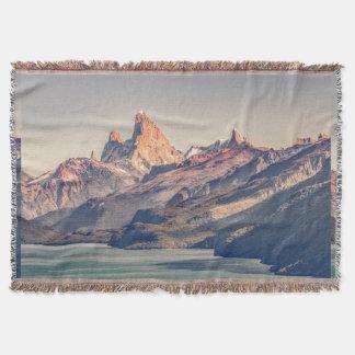 Cobertor Fitz Roy e montanhas de Poincenot Andes -