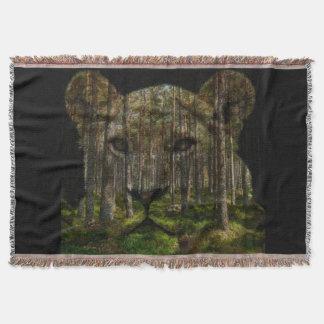 Cobertor Floresta dentro de um tigre