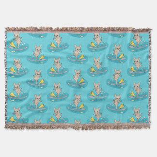 Cobertor Frenchie que faz a ioga no conselho de pá de pé