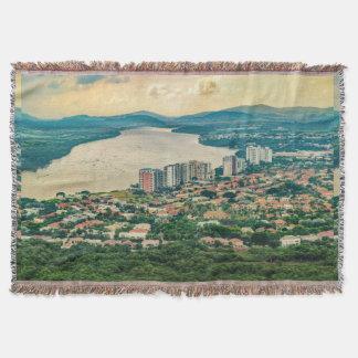 Cobertor Ideia aérea do subúrbio de Guayaquil do plano
