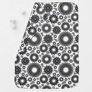 Cobertor Para Bebe Boho floresce o teste padrão floral do vetor preto