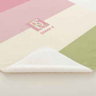 Cobertor Sherpa A paleta de cores do verde do rosa do creme listra