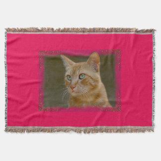 Cobertura loura do lance do gato throw blanket