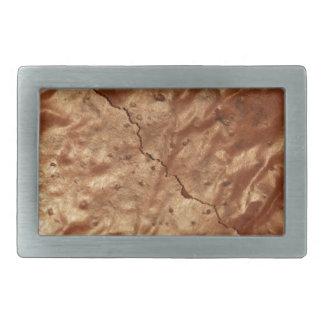 Cobrir do chocolate de um bolo