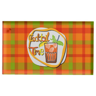Cocktail da ilustração com tempo do cocktail do suportes para cartão de mesa