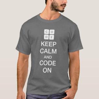 """Code.org """"mantem a calma e o código em """" camiseta"""
