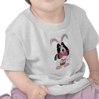 Coelhinho da Páscoa do Basset T-shirts