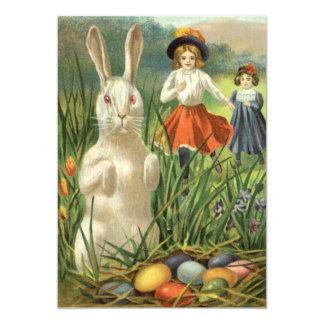 Coelhinho da Páscoa do vintage com ovos e crianças Convite Personalizados
