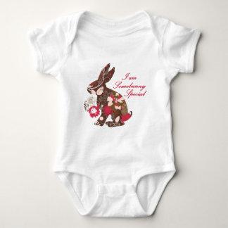 Coelho de coelhinho da Páscoa floral Camiseta