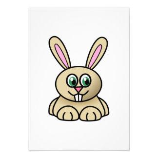 Coelho de coelho dos desenhos animados convite personalizados