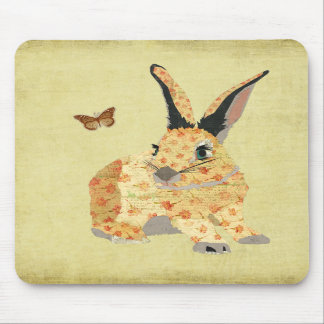 Coelho floral gasto Mousepad