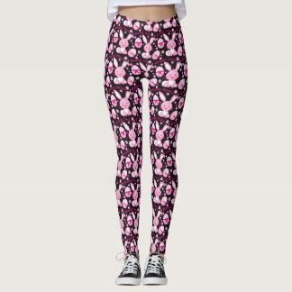 Coelhos de coelho cor-de-rosa bonitos e caneleiras leggings