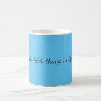 Coisas pequenas caneca de café