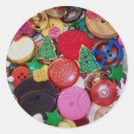 Colagem com os botões da árvore de Natal Adesivo Em Formato Redondo