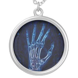 Colar azul do raio X da mão