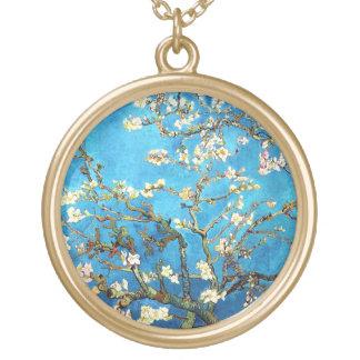 Colar Banhado A Ouro Belas artes de florescência da árvore de amêndoa