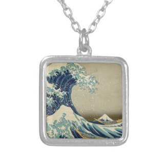 Colar Banhado A Prata A grande onda Kanagawa