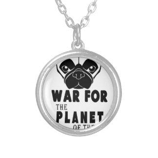 Colar Banhado A Prata a guerra para o planeta dos pugs refrigera o cão