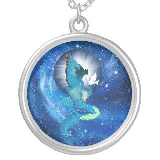 Colar Banhado A Prata A lua deseja a sereia