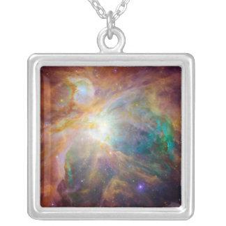 Colar Banhado A Prata A nebulosa 3 de Orion