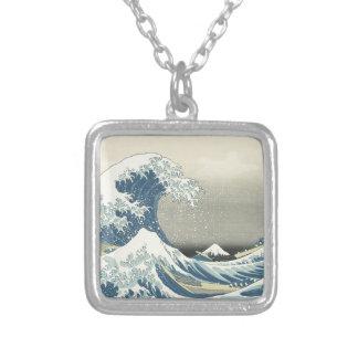Colar Banhado A Prata Abaixo da onda fora de Kamagawa