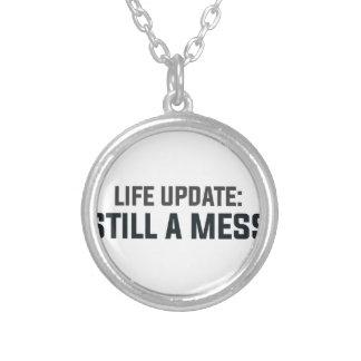 Colar Banhado A Prata Actualização da vida: Ainda uma confusão