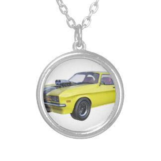 Colar Banhado A Prata Amarelo do carro de 1970 músculos com listra preta