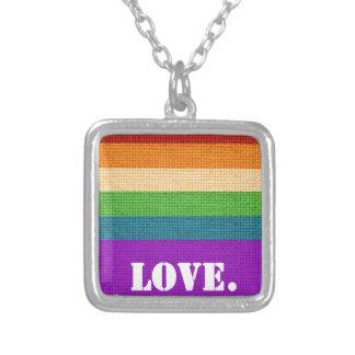 Colar Banhado A Prata Amor de LGBT