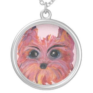 Colar Banhado A Prata Arte bonito do cão de Yorkie no rosa e na laranja