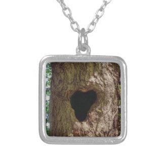 Colar Banhado A Prata Árvore do coração