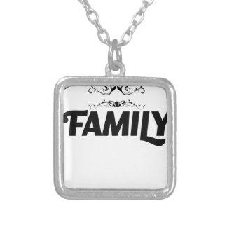 Colar Banhado A Prata as melhores coisas na vida são família