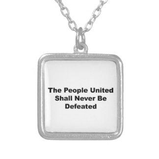 Colar Banhado A Prata As pessoas unidas serão derrotadas nunca