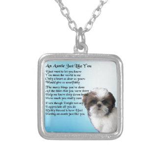 Colar Banhado A Prata Auntie Poema - design do cão de Shih Tzu