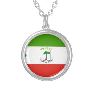 Colar Banhado A Prata Baixo custo! Bandeira da Guiné Equatorial