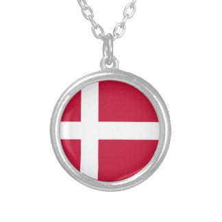 Colar Banhado A Prata Baixo custo! Bandeira de Dinamarca