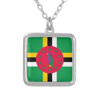 Colar Banhado A Prata Baixo custo! Bandeira de Dominica