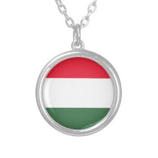 Colar Banhado A Prata Baixo custo! Bandeira de Hungria