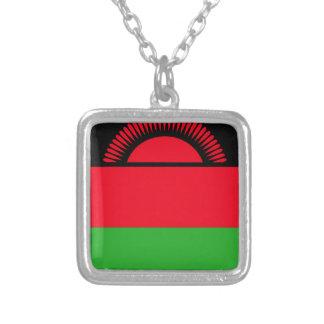 Colar Banhado A Prata Baixo custo! Bandeira de Malawi