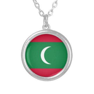 Colar Banhado A Prata Baixo custo! Bandeira de Maldives