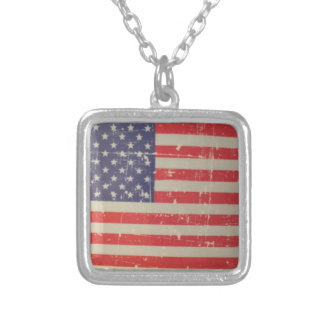 Colar Banhado A Prata Bandeira americana resistida, afligida dos EUA