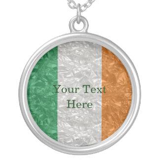 Colar Banhado A Prata Bandeira de Ireland - enrugada