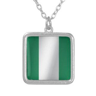 Colar Banhado A Prata Bandeira de Nigéria