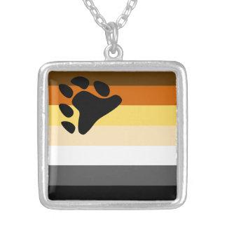 Colar Banhado A Prata Bandeira do orgulho do urso